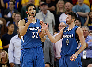 Minnesota Timberwolves v Golden State Warriors
