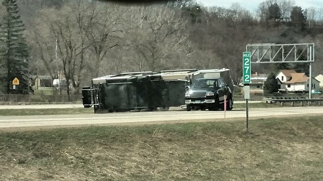 1-90 crash in Winona County