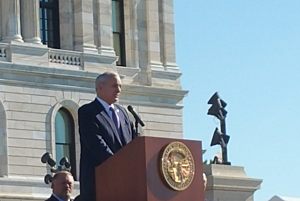 Gov Dayton at state capitol ribbon cutting ceremony- MNN photo