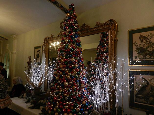 Christmas at Mayowood   2017- Kim David-Townsquare Media