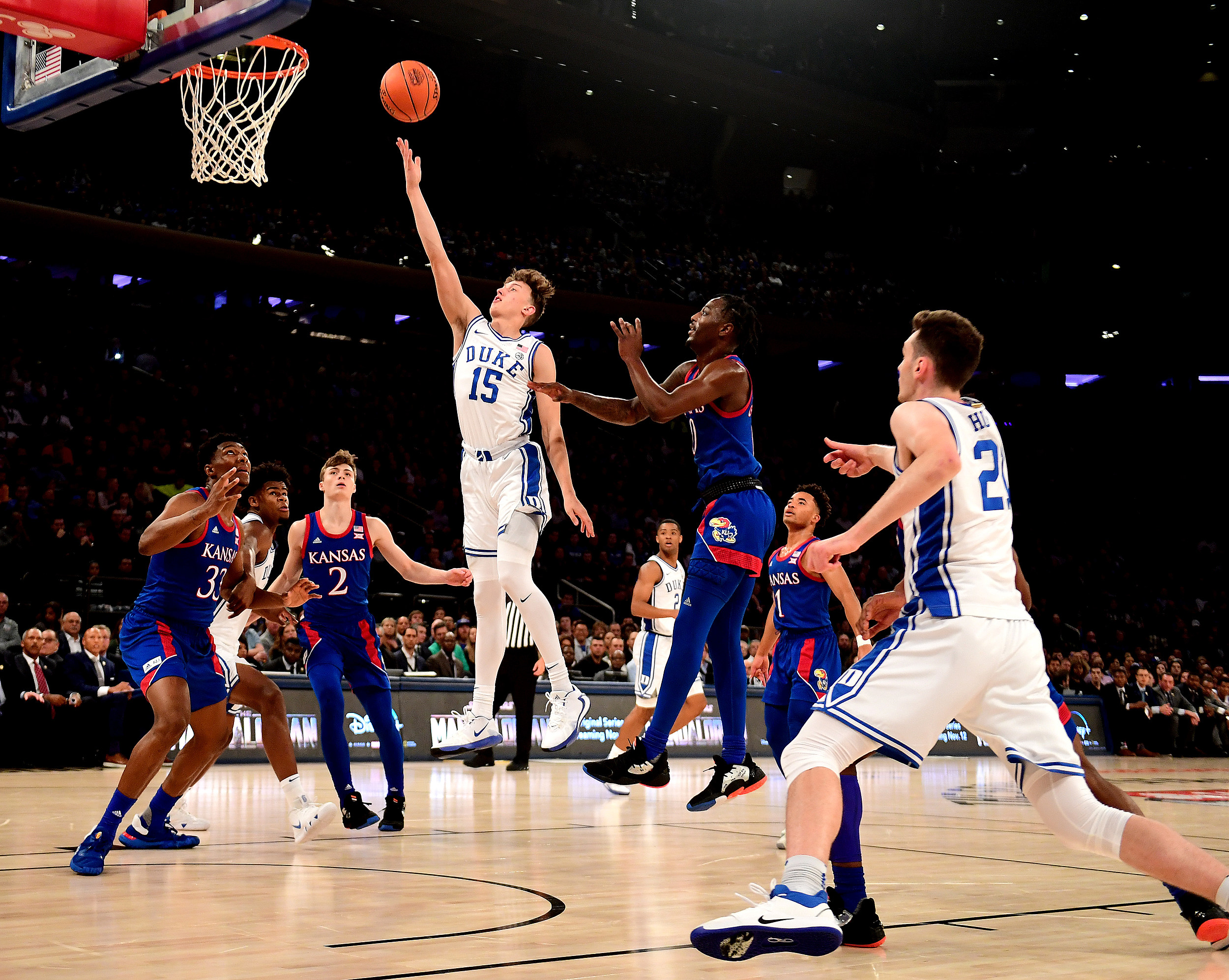 Rochester's Matthew Hurt Scores 11 Points in Duke Debut